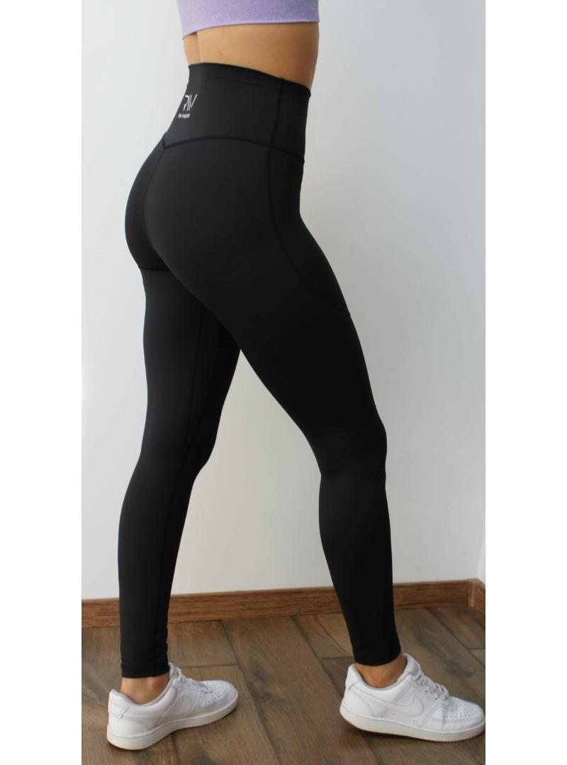 újrahasznosított fekete fitness nadrág